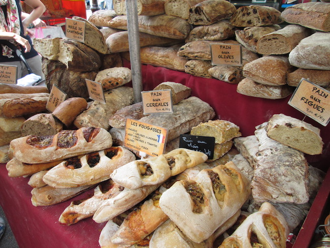 Freshly-baked bread was beautifully displayed in several market stalls