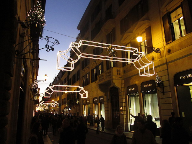 An evening stroll down Via del Condotti near the Spanish Steps