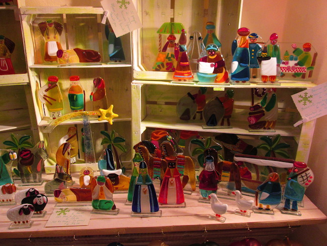 Handmade glass nativity scenes at a shop in Bellagio